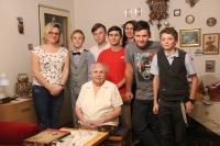 Zlata Seidlová with the students team