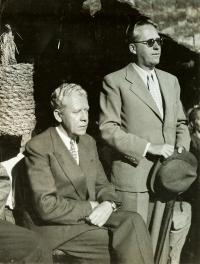 Miloš Havel a Václav M. Havel (otec a strýc pamětníka), 1944