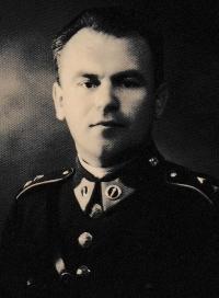 The father Alois Běťák in the military service