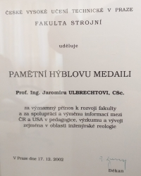 CTU awards Jaromír Ulbrecht a commemorative Hybl Medal for significant contribution to the development of the faculty