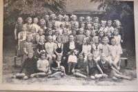 Vlasta Vaňoučková with her classmates - first from the left in the second row, the 1940s
