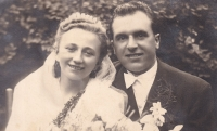 Wedding photograph of Jiřina a Boris Hajný, 1947