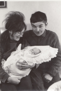 Miroslav Jeník with his son in autumn 1970 shortly before going to prison