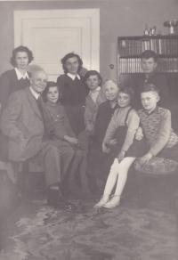 Photograph from the Koříneks' house, Iva Bejčkové, second from right, next to her brother.