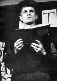 Pavel Veselý / A cabaret performance 'Šlápoty'