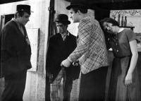 From the left: Petr Paprstein, Pavel Veselý, Erich Vybíral, Milena Šajdková /  'Čekání na Agátu' (Waiting For Agáta) / 1965