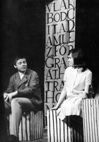 Petr Paprstein and Milena Šajdková / a performance of 'Šlápoty'