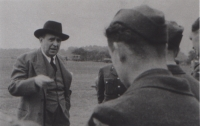 Jan Masaryk with the Czechoslovak pilots in England, 1940