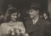 The wedding of Eva with Emanuel Kudrnáč, December 22,1944