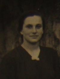 Hanna Petrivna Jankovska, a portrait