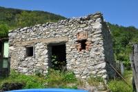 Old agricultural building in Horna Stredna