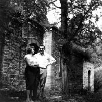 Květa a Ivo Dostálovi / Čína / polovina 50. let