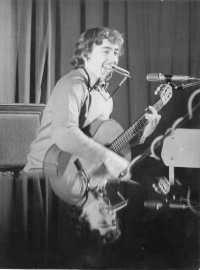 Petr Lutka during a concert, mid 1970s