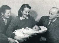 Věra Skrbková, her parents and her son Jan. 1953