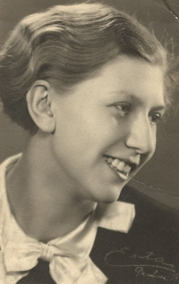 Marie (Maruška) Rottová, mother of a witness, at about sixteen, about 1932