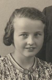 Věra Špiková in 1938