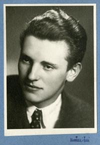 Josef´s graduation photo, 1948