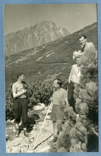 Josef and other former members of the Auxiliary Technical Batalions on a collective trip in the Tatras, the second half of the 1950s