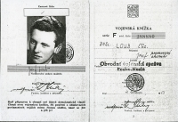 The title page of Josef Loub's military ID card