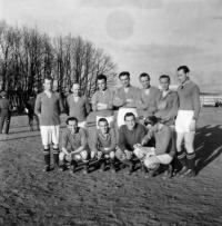 Oldřich Vašák played for sports club Ivančice in 1945