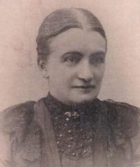 Great-grandmother Anna, née Helclová (1880)
