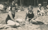 Mother Helena (on the left) with a friend, 1920s