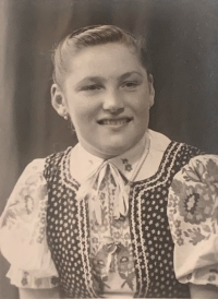 Cecilia Surmanova as a young girl, wife of Vincent Holly