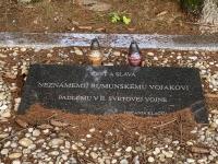grave of a unknown Romanian soldier under Klak - detail