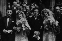 Collective confectionery story became in 1957 with a wedding