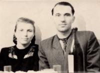 1956 рік, м.Балей. Весільна фотографія батьків Юлії -  Стець Іван Миколайович та Стець (Дзібчак) Парасковія Юріївна, спецпоселення, м.Балей