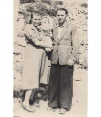 м.Балей, 1957 рік, Юлія з батьками