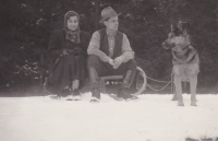 Vladimir Bohata with his first wife and dog Ashant