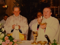 Karel Exner with Karel Otčenášek, a classmate from the seminary, during the celebration of 50 years of the priesthood, 1994