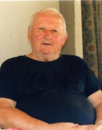 A portrait photo in 2000
