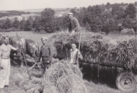 At the agricultural brigade in the Kutná Hora region, mediated by the Ministry of the Interior. Vladimir Bohata first from the left