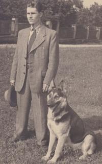 Vladimir Bohata and his dog Asant, 1953