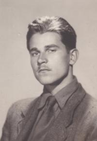 Vladimír Bohata (born 1926)