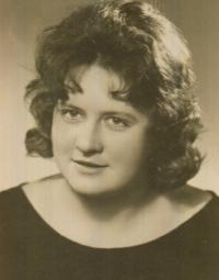 Jarmila Ondrášková, graduation photo