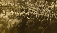 Prime divine service June 4, 1944, gathering of people at a festive gate