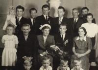 from the top left: niece Ola, uncle Jura, uncle Jan, uncle Míra on the top right: uncle Joža one row below from the left: Jarmila Ondrášková, drandfather Žák, aunt Marta, aunt Marta´s husband Břetislav, uncle Břetislav´s mother  at the bottom: cousins Jenda, Jiří, Mirek, Zdenek