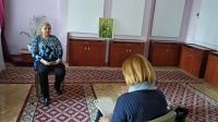 Юлія Николин під час інтерв`ю