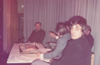 Jára Kohout (from the USA) during a discussion in Frankfurt, beginning of the 1980s