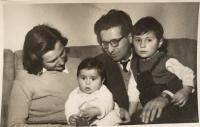 The Kosta family, 1952