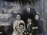 Sofie Cakirpaloglu with her husband Kosiliadis and their three children.
