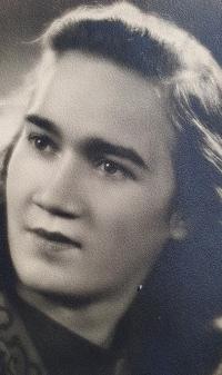 Jiřina Tschepová, the wife of the witness, Prague 1946