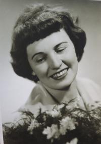 Žofie Zlámalová´s wedding photo, 1960