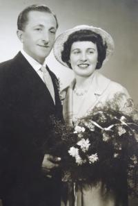 Zlámals´ wedding photo, 1960