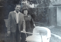 Jana Arbanová with her parents Josef and Žofie, 1962