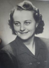 Žofie Slováčková´s sister, Anna Slováčková, married Seibertová, 1943