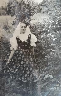 Jiřina Fárková from Horní Bečva, 1961